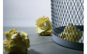 Poznajú ľudia význam odpadkových košov?