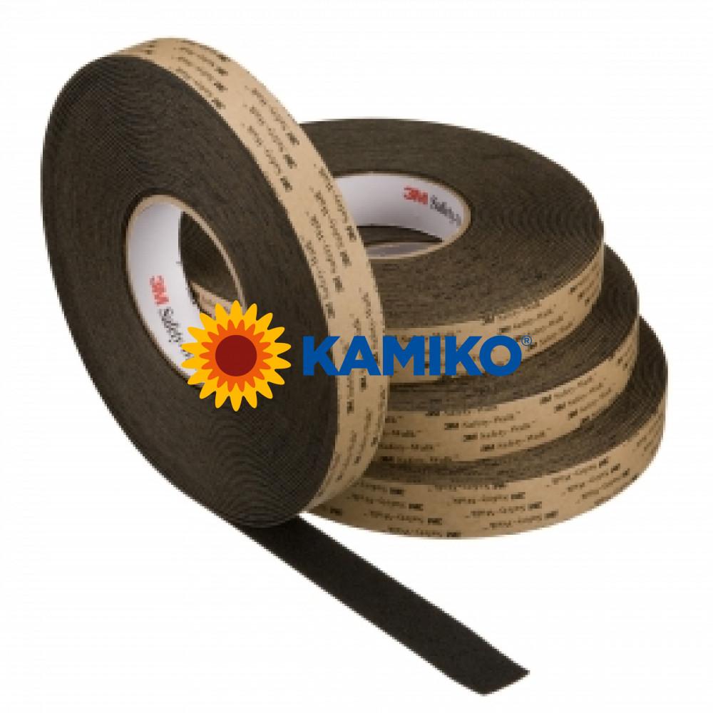 Protišmyková páska stredne hrubá 51x18,3m čierna